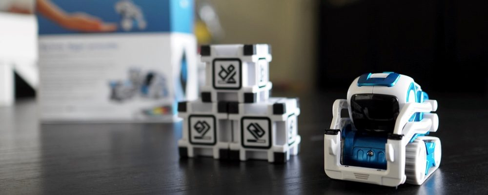6 Reasons Why Anki's Cozmo Toy Is The Perfect Toy This Holiday Season