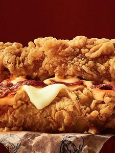 [] KFC Brings Back the Double Down in Canada